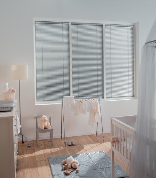 Aluminium jaloezie bestellen voor in de babykamer | Suntex Zonwering